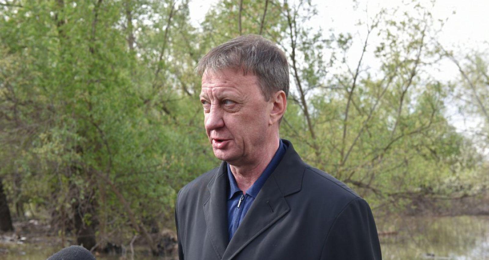 Глава Барнаула принял участие в Общероссийском голосовании по поправкам в Конституцию