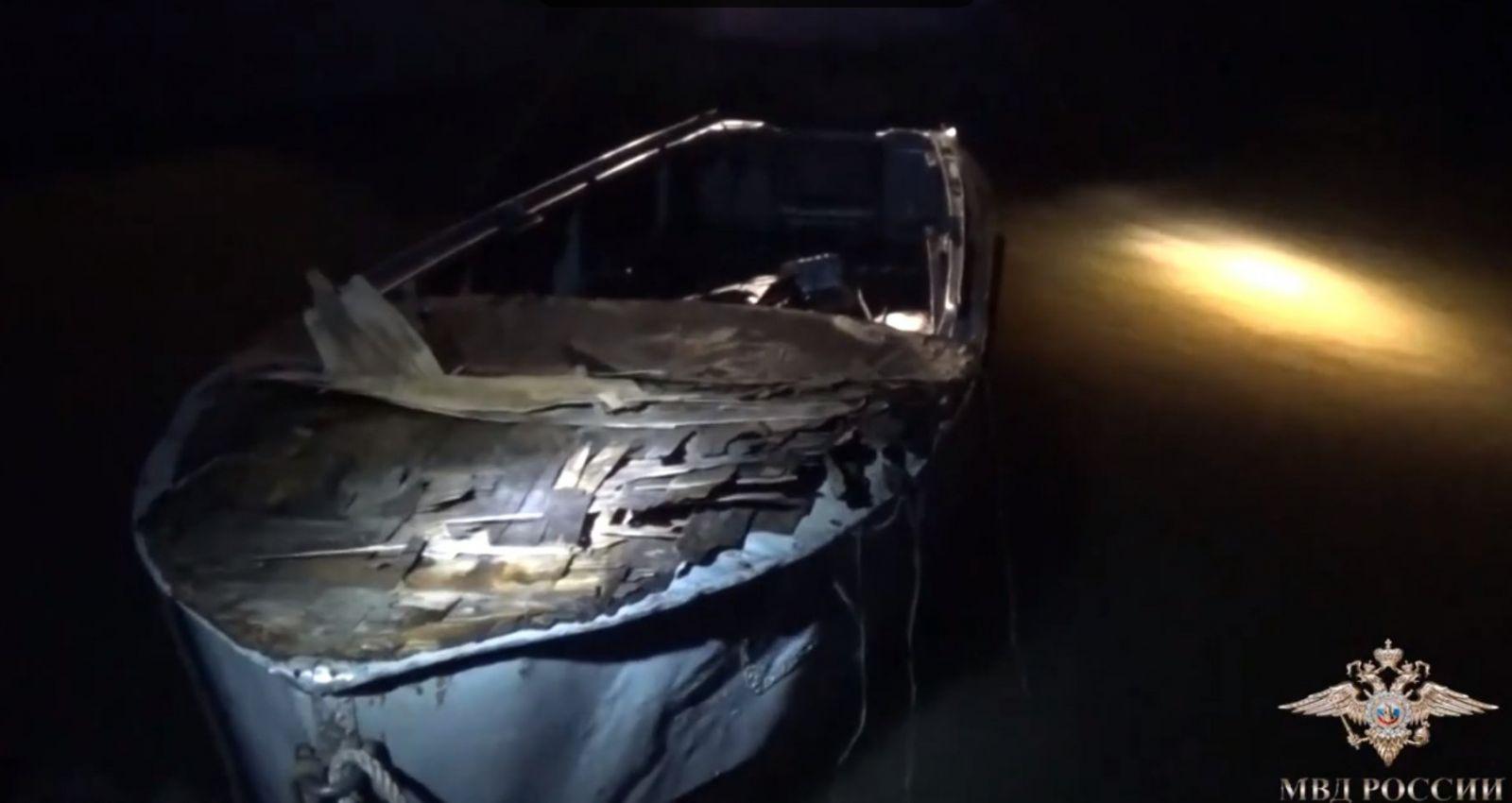 Сотрудники транспортной полиции в Барнауле спасли двух мужчин, тонувших в Оби